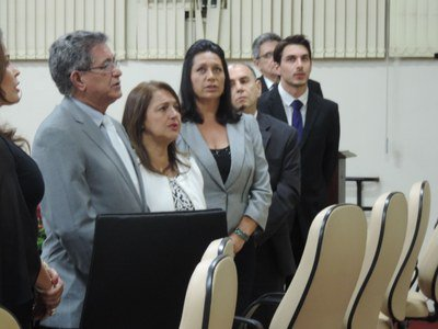 Neuseli Marino Lamari recebe homenagem da Câmara